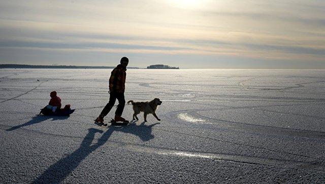 Найдены тела 3-х рабочих, натракторе провалившихся под лед вИркутской области