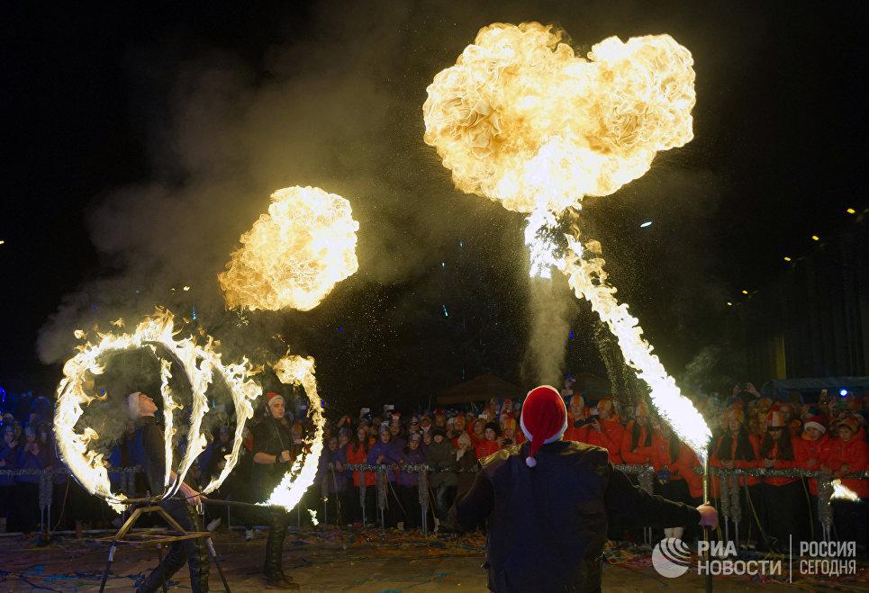 Празднование Нового 2017 года в Международном детском центре Артек в Крыму