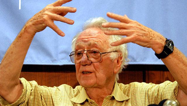 Скончался лауреат Нобелевской премии помедицине Оливер Смитис