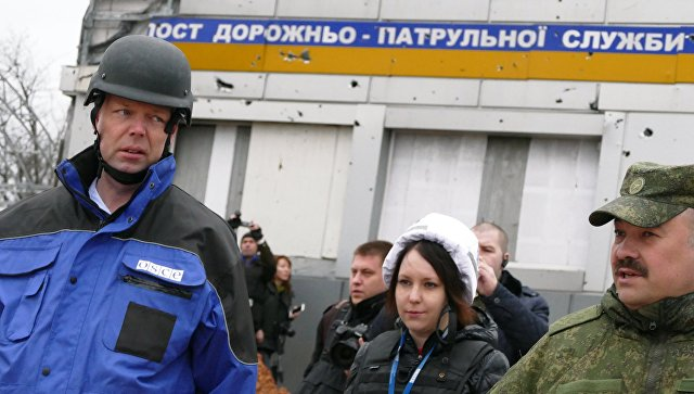 Хуг надеется, что 2017 год станет более благоприятным для жителей Донбасса