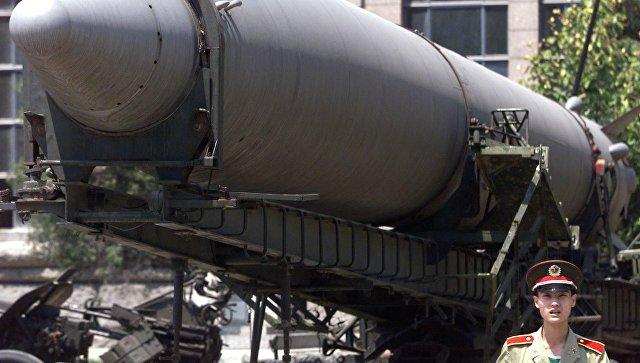 Балистическая ракета в военном музее Пекина