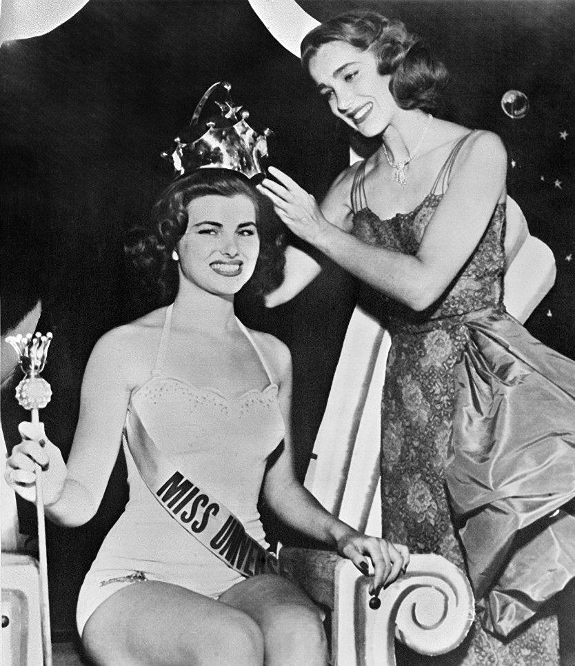 Мисс Вселенная 1953 Кристиан Мартель(Франция)