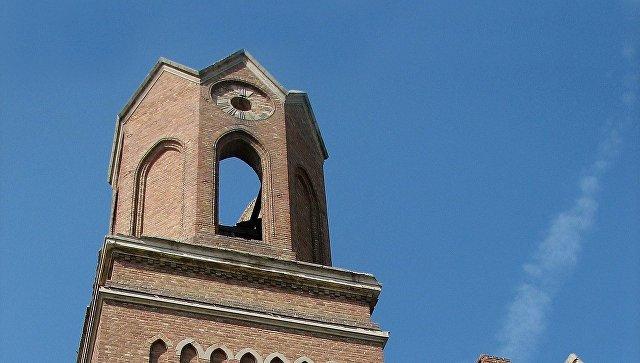 Граждане села пробуют защитить колокол лютеранской кирхи