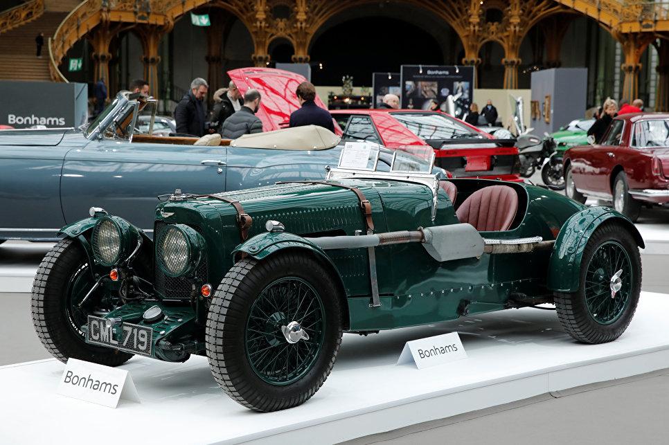 Aston Martin Ulster Two-seater Sports на выставке старинных автомобилей аукционного дома Bonhams