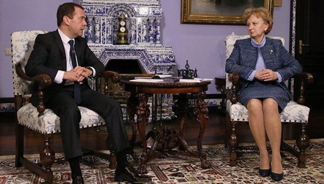 Медведев: «Единая Россия» иПартия социалистов Молдавии могут заключить соглашение осотрудничестве