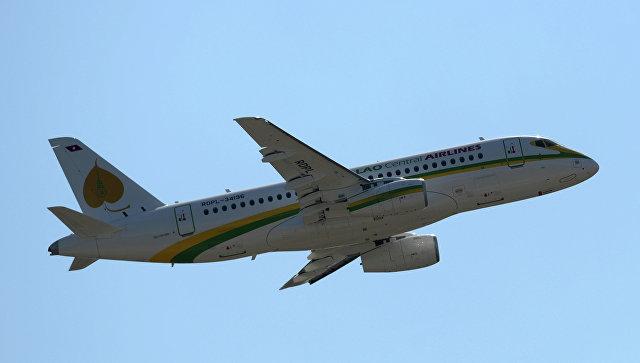 Самолет Sukhoi Superjet 100. Архивное фото