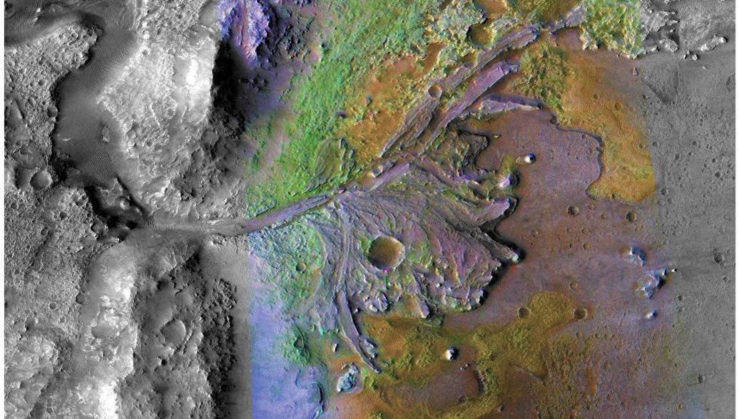 Астрономы выяснили, как возникли гигантские речные каньоны на Марсе