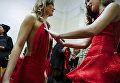 Модели перед показом Edwing D'angelo show в рамках Недели моды в Нью-Йорке
