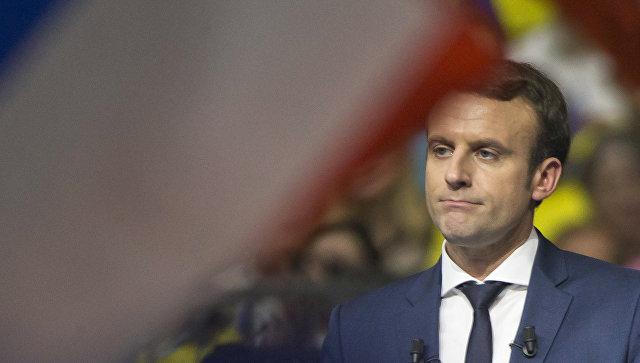 Опрос: Вовтором туре выборов воФранции Макрон победит ЛеПен