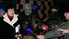 Внефракционный депутат Верховной рады Украины Надежда Савченко во время визита в ДНР для встречи с пленными силовиками. Архивное фото