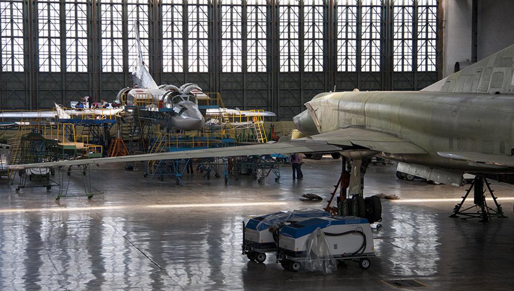 Сборка самолетов. Архивное фото