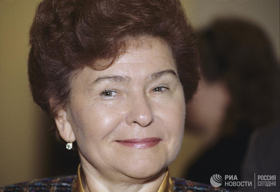 Супруга Президента России Наина Иосифовна Ельцина во время официального визита в Федеративную Республику Германию