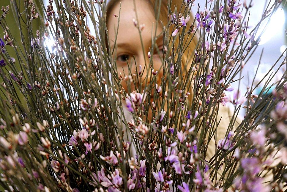 Работа салона флористики Флоренция в преддверии дня 8 марта