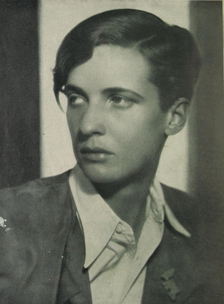 Журналист и светская львица Анна Мария Шварценбах носила одну из самых коротких в Европе итонских стрижек