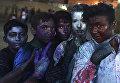 Участники фестиваля Холи в Карачи, Пакистан