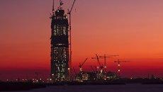 Вид на строительство многофункционального Лахта-центра в Санкт-Петербурге