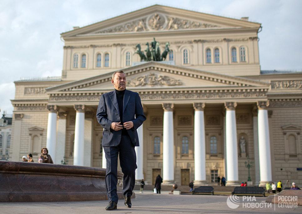 Директор Государственного академического Большого театра России Владимир Урин на Театральной площади