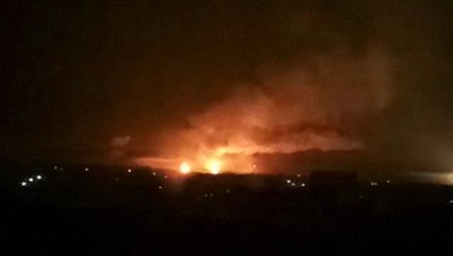 Украинские склады с боеприпасами горят в Харьковской области. Съемка очевидца