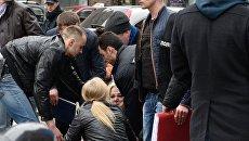 На месте убийства бывшего депутата Государственной Думы РФ Дениса Вороненкова в Киеве. Март 2017