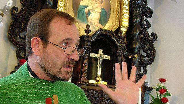 Католический священник-экзорцист из Испании Хосе Мария Вегас Мольа