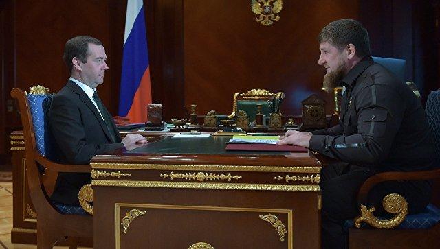 Медведев 30марта встретился сКадыровым