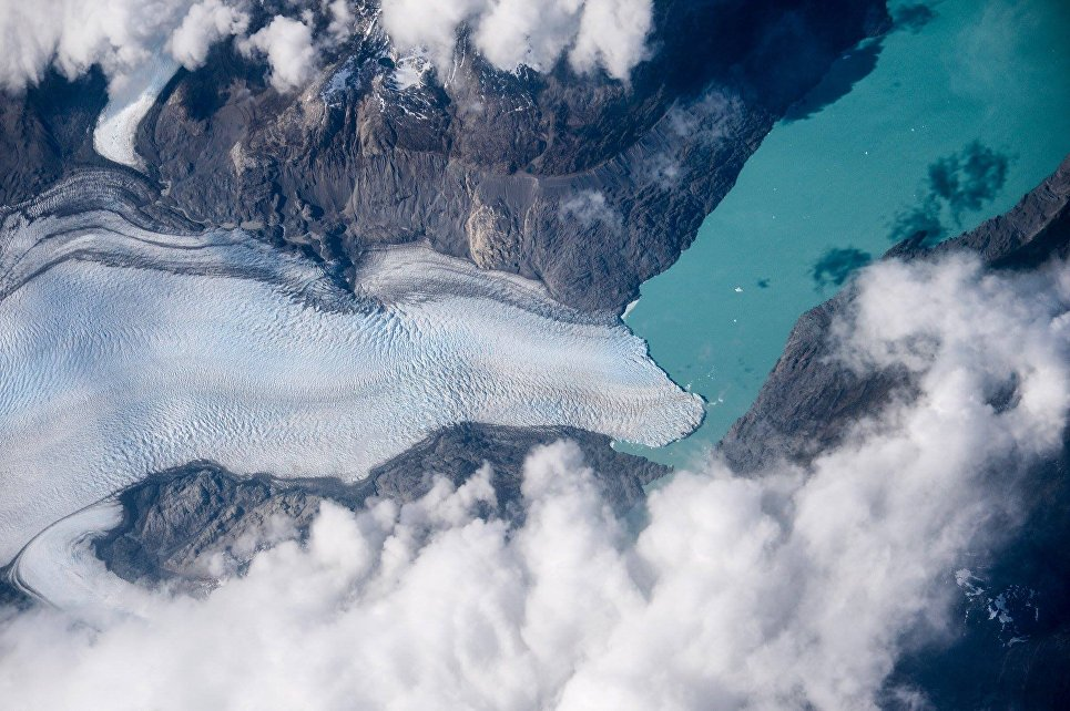 В рамках эксперимента Ураган с борта МКС ведется активное наблюдение за ледниками Патагонии