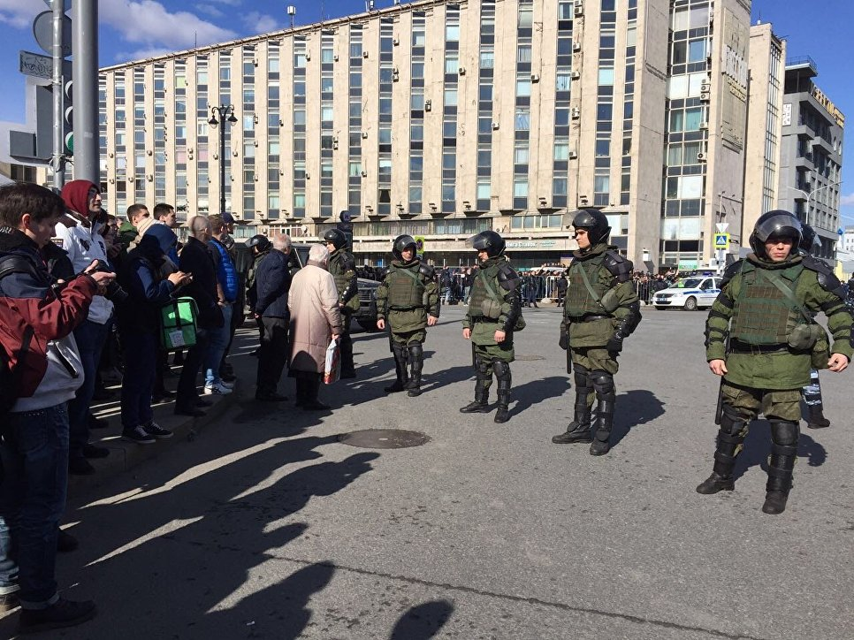 Володин выступил против проверки Медведева поделу окоррупции