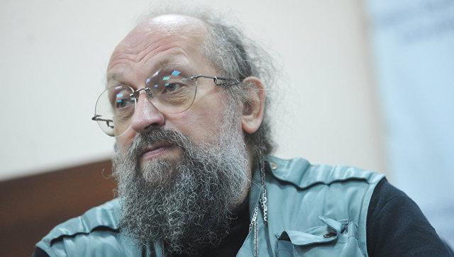 Либеральные репрессии: о журналисте, пострадавшем из-за Алексиевич