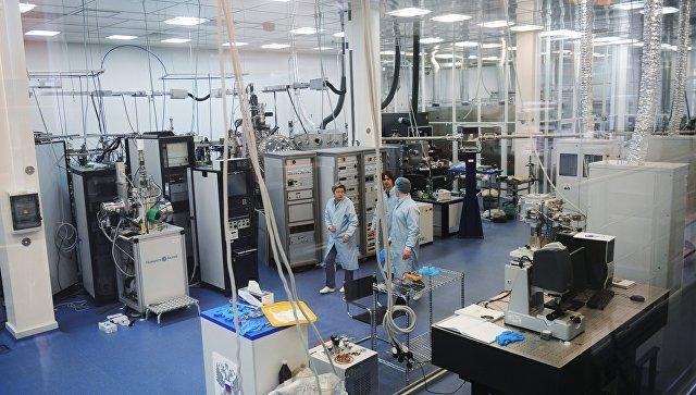 Чистая зона в Курчатовском центре синхротронных исследований. Архивное фото