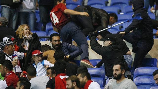 УЕФА дисквалифицировал «Лион» и«Бешикташ» нагод условно