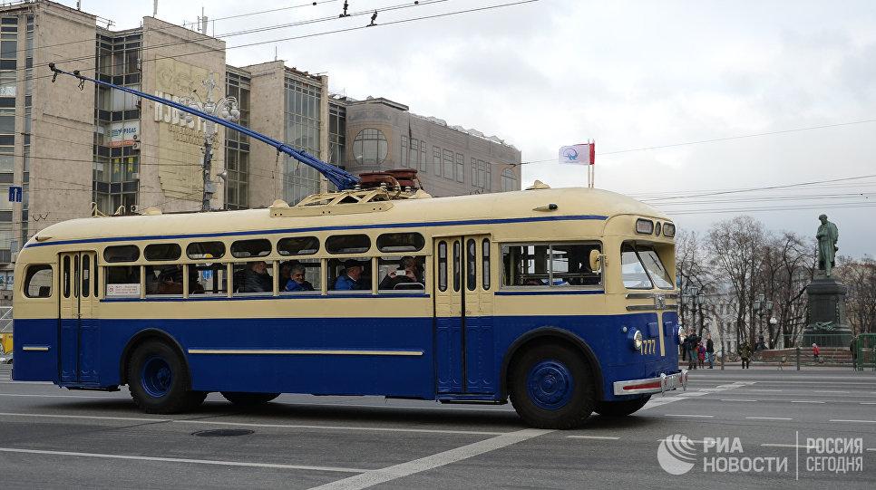 Ретротроллейбус на Тверской улице