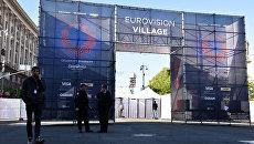 Подготовка к открытию Еврогородка, главной фан-зоны международного конкурса эстрадной песни Евровидение на Крещатике