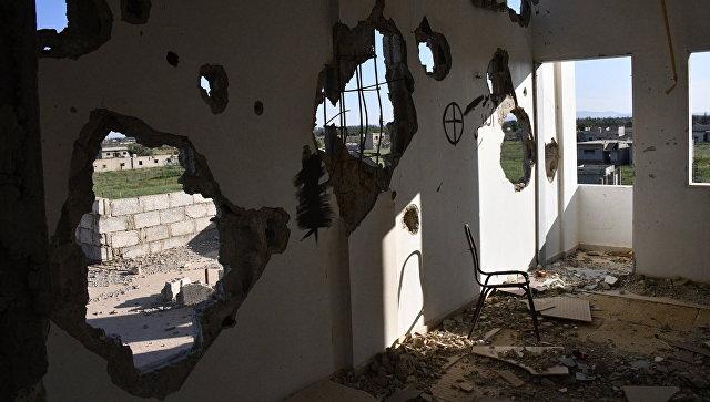 Здания, разрушенные в результате боевых действий в пригороде Дамаска Восточная Гута. Архивное фото