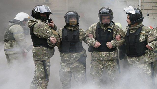 """Полиция заблокировала офис """"Организации украинских националистов""""* в Киеве"""
