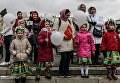 Участники празднования Дня Победы в Центральном парке культуры и отдыха имени М. Горького. 9 мая 2017