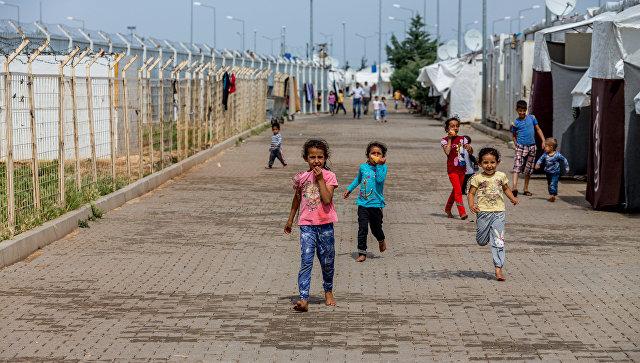 В 2016 году 65,6 миллиона по всему миру были принудительно перемещены