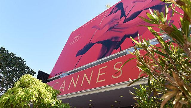 Дворец фестивалей и конгрессов перед открытием 70-го Каннского международного кинофестиваля