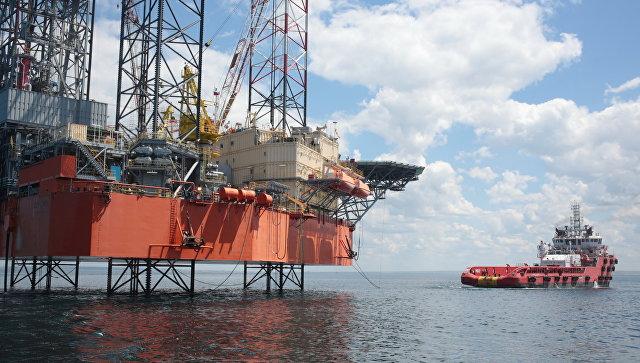 Нефтегазодобывающая платформа в Крыму