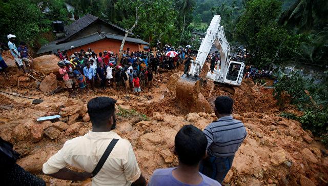 На Шри-Ланке число погибших в результате наводнений достигло 100 человек