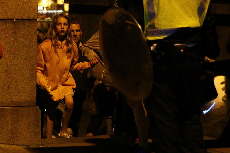 Мэй предложила ужесточить законы против террористов после атаки встолице Англии