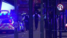 Ночной теракт в Лондоне: ситуация на улице и в баре, где прятались люди после ЧП