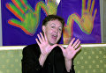 Пол Маккартни позирует для прессы в Милане. 2001 год