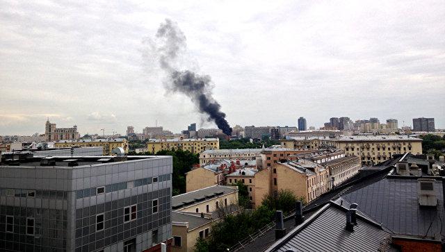 Вцентральной части Москвы  зажегся  бизнес-центр