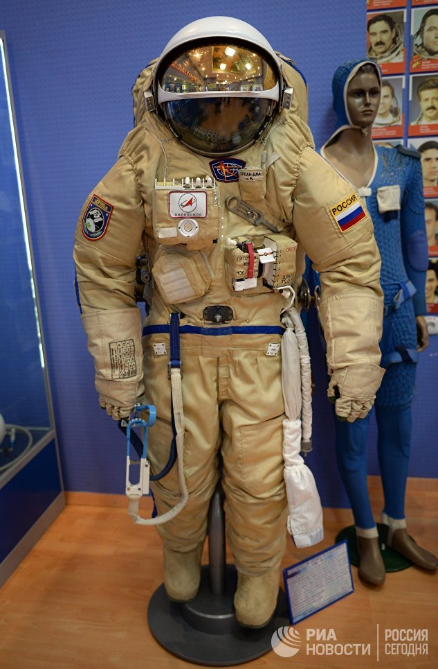 Скафандр полужесткого типа Орлан-ДМА №5 в музее истории космодрома Байконур