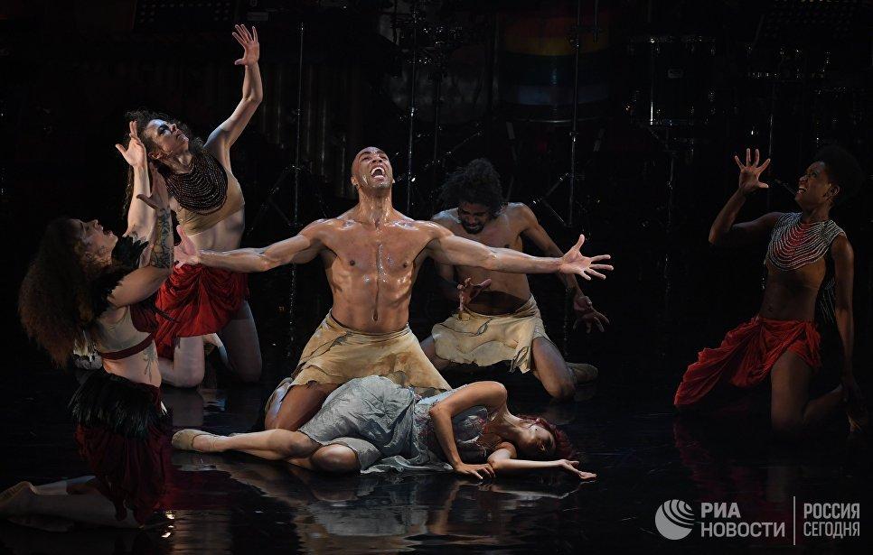Тропический мюзикл Голоса Амазонки в рамках Театрального фестиваля им. А. П. Чехова