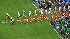 Игроки сборных России и Новой Зеландии выходят на поле перед началом матча Кубка конфедераций-2017. 17 июня 2017