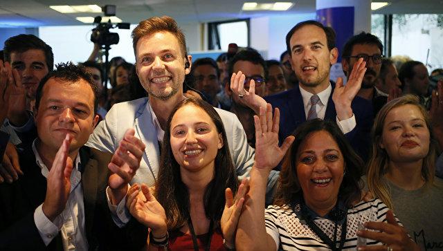 Во Франции движение Макрона одержало победу на парламентских выборах