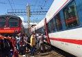 """Столкновение поезда """"Стриж"""" с электричкой возле Курского вокзала"""