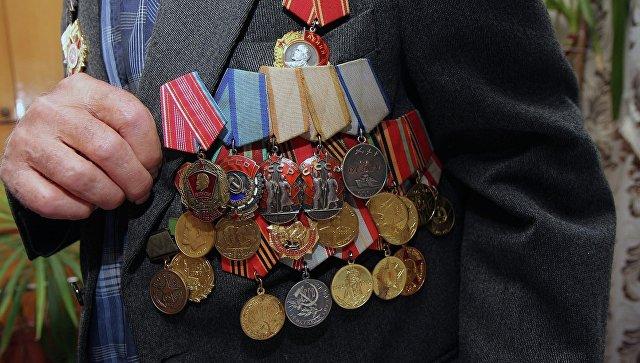 Путин позволил  передавать внукам удостоверения кгоснаградам