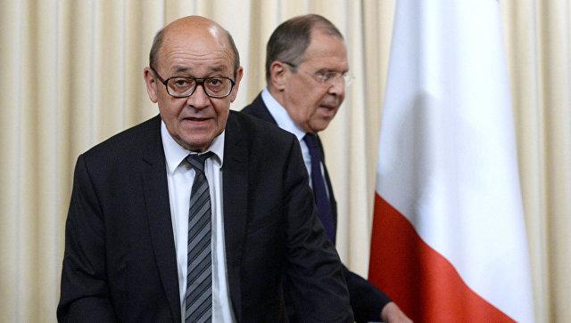 Министр иностранных дел РФ Сергей Лавров и министр иностранных дел Франции Жан-Ив Ле Дриан. 20 июня 2017